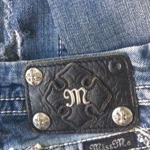 Used Miss me jeans. ( hold for sameric1 )